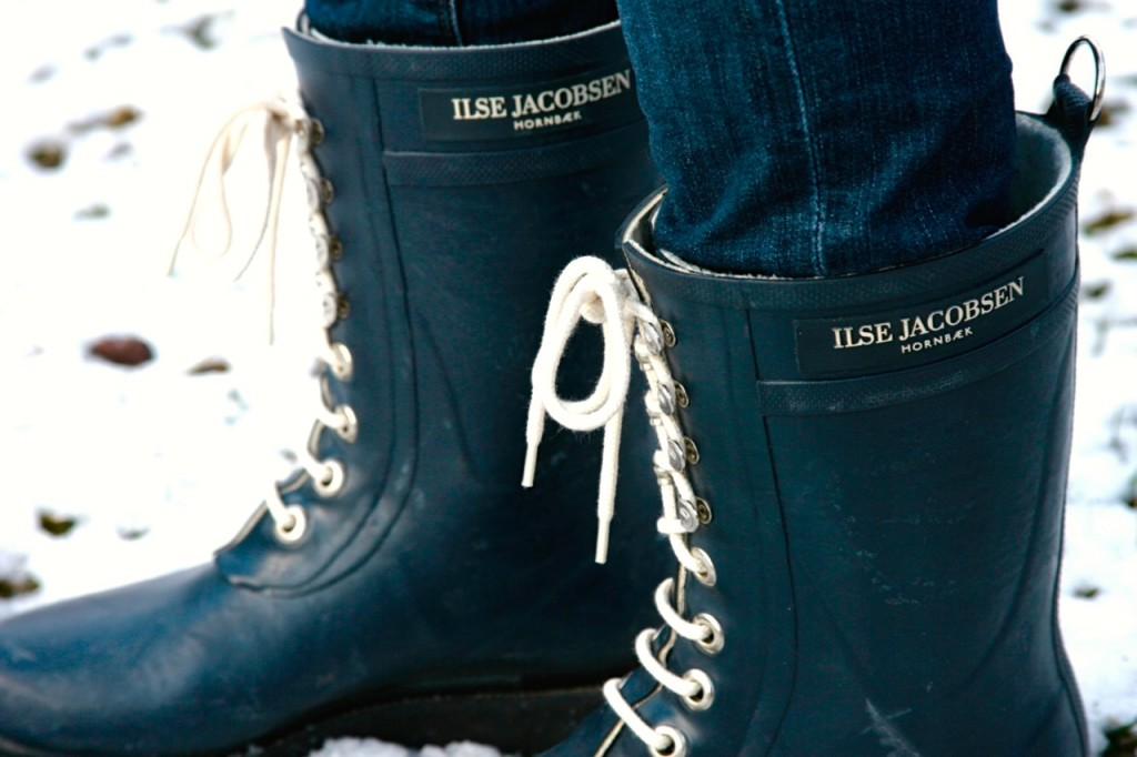Ilse Jacobsen lace up snow boots