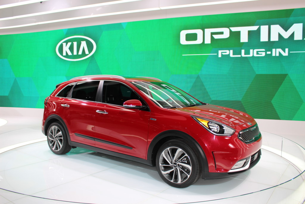 Kia niro 2017at the Chicago Auto Show